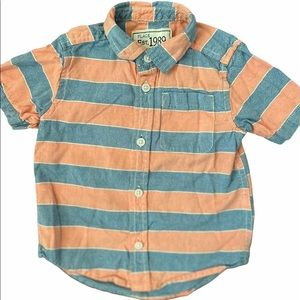 ✨3 for $30✨2T Boy Short Sleeve Striped Button Down
